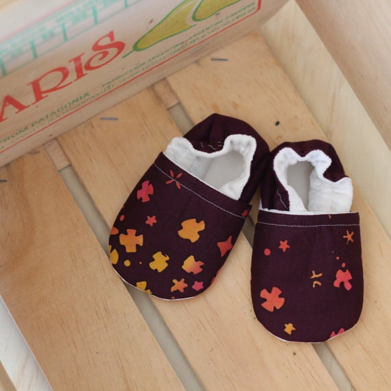 Blossoms. Size 12-18 months. Baby Slippers. Baby Shoes. Ready