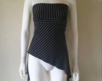 Black white pinstriped strapless asymmetrical top Sz small
