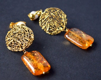 Amber clips earrings