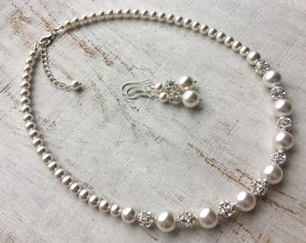 Mother-of-the-Bride Necklace Mother-of-the-Bride gift from Daughter Mother-in-Law Necklace Mom Wedding gift Swarovski Pearl Necklace Jewelry