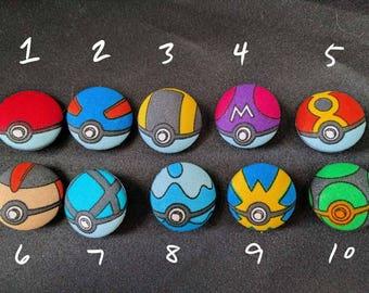 PokéButtons - Pokémon Poké Ball Cloth Buttons SMALL