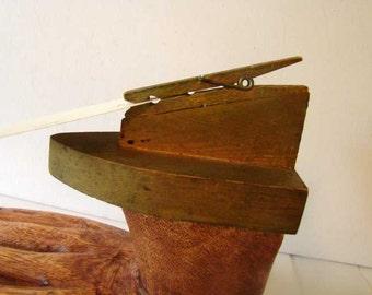Recipe card holder, wood iron shaped recipe holder, clothespin recipe holder, wooden iron, clothespin clip, note holder