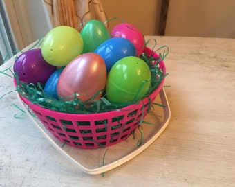 Pink Plastic Easter Basket, Handled Basket, Egg Basket, Easter Egg Hunt, Easter Decoration, Bright Pink!, Candy Dish WTH-1564