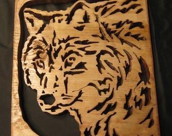 Wooden Scrollsaw wolf wall hanging