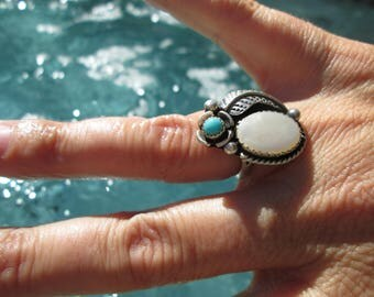 Mother of Pearl, Turquoise and Sterling Silver Feather Ring Size 6.25