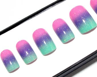 False Nails with Nail Art - Designed Fake Nails - Square Press On Nails - Pastel Acrylic Nails - Petite Glue On Nails - Holographic Ombré