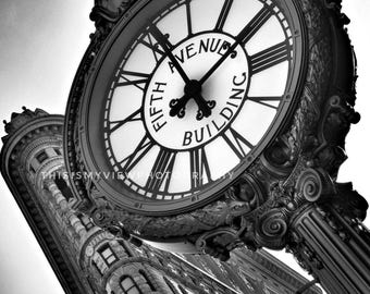 Flat Iron and the Fifth Ave clock