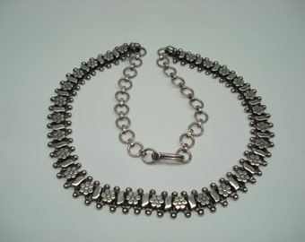 Sterling Silver Vintage Daisy Flower Choker Necklace