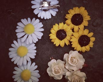 Flower hair clips // sunflowers // daisies // roses // paper flowers // felt flowers // hair clips // brooch pins // hair accessories