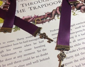 The Key to Happines is a Good Book Ribbon Bookmark