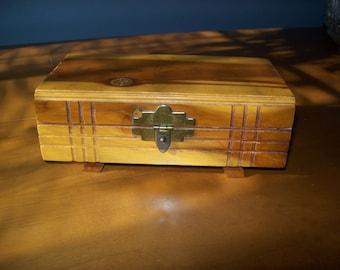 Small Retro Wood Cedar Trinket Jewelry Box