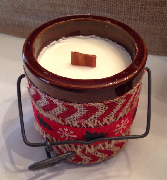 Chevron Christmas Crock Candle with Wood Wick