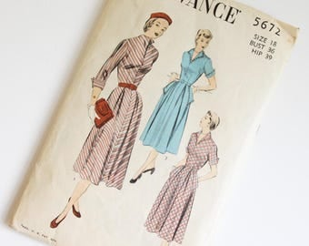 SIZE 18 5672 ADVANCE UNPRINTED Women's Sewing Pattern 1940s Forties Vintage Antique V Neck Bodice Full Pleated Skirt Post War Bust 36 Hip 39