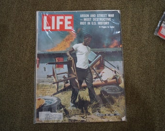 LIFE Magazine-August 27, 1965, Arson and Street War-Most Destructive Riot In U.S. History-11 Pages in Color