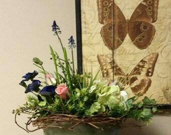 Farmhouse Flower Arrangement-Hydrangea Arrangement-Farmhouse Centerpiece-Farmhouse Decor-Silk Flower Arrangement