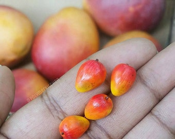 Handmade realistic miniature polymer clay mangoes- Dollhouse miniature food, 4 pcs