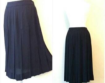 Vintage 1940s Crepe Skirt, Drop Waist Pleated Skirt, Black Rayon Crepe Pleat Skirt, 1940s Skirt, Medium Black 1940s Skirt, Pleated Skirt