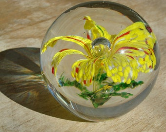 Vintage Hand Blown Glass Paperweight With Unusual Exploding Frit Flower