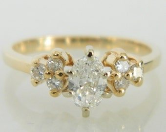 Beautiful Vintage Oval Diamond Engagement Ring in 14K Gold