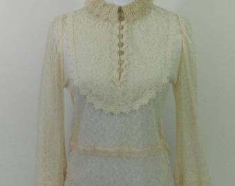 Vintage 1970s Victorian style antique cream lace Blouse