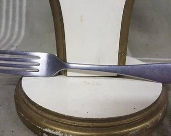 """Vintage Reed & Barton (U.S.N.) US Navy 7 1/8"""" Dinner Fork."""