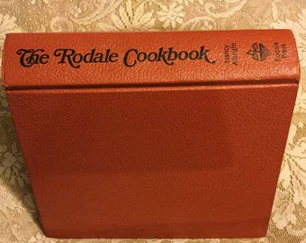Vintage Cookbook THE RODALE COOKBOOK, ©1973, Eighth Printing June 1976, 486 Pages,