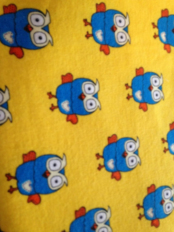 Waterproof Bed Pads/Training Pads/Incontinence Pads - Yellow background, Blue Owls