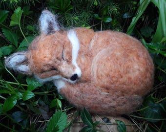 OOAK needle felted sleeping red fox