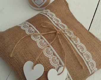 Ring Pillow - Burlap and Lace Ring Pillow - Ring Bearer Pillow - Burlap Wedding Pillow - Rustic Wedding Ring Pillow - Rustic Ring Pillow