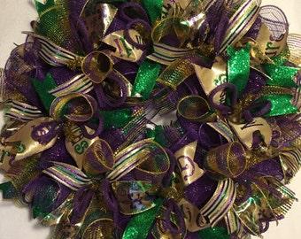 Ready to ship Mardi gras wreath Mardi gras Wreaths Mardi gras, Fleur de lis wreath, Fleur de lis wreaths, Mardi Gras decorations, mardi gras