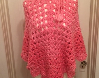 Vintage Women's Knitted Crochet Soft Pink Poncho