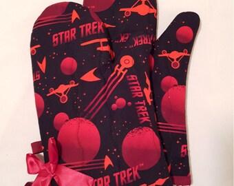 Red Star Trek Ship Schematics Oven Mitts!