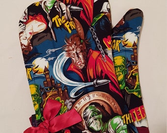 Retro Monster Movies Oven Mitts!