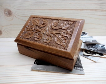 Vintage Wooden Box, Hand carved Jewelry Box, Hand-carved flowers cover, Vintage Box of Memories