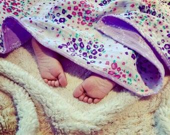 Floral field muslin blanket, double gauze blanket, 4 Layers of muslin, cuddle blanket, muslin quilt, gauze blanket, stroller blanket