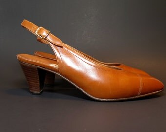 """Celine Black Vintage Slingback Pumps """"Fatto A Mano"""" Made in Italy Size 36.5 / 7"""