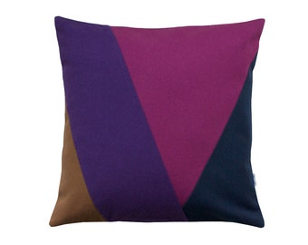 Purple pillow case Andorra Fruitharvest / Throw pillow in berry colors