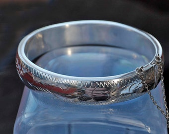 Vintage Sterling Silver Cuff Bangle with Guard Chain
