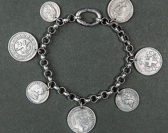 Bracelet pendants / coin and silver chain