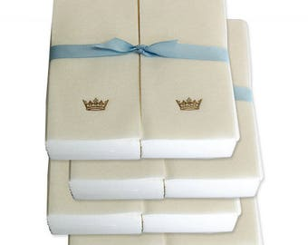 Nature's Linen Disposable Guest Hand Towels Wrapped with a Ribbon - Embossed with a Gold Crown