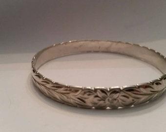 Vintage Sterling Silver Floral  Bangle Bracelet SC 925