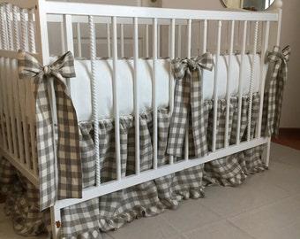 Crib bumper and skirt set /// Nursery bedding, Crib bedding, Baby bedding