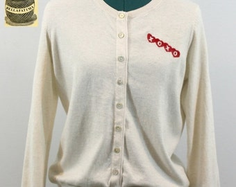 30% Off Sale Cream Cotton/Cashmere blend sweater embroidered with Heart XOXO design. Originally by Banana Republic. Great Valentine's gift