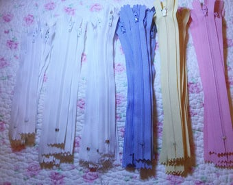 Zippers  (54)  Assorted LOT 4 Colors #3 FREE SHIPPING
