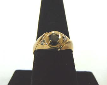 Mens Vintage Estate 10K Gold Ring With Cats Eye or Obsidian Stone 3.5g E1010