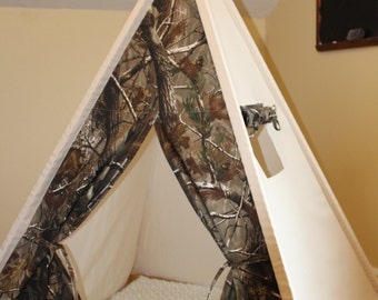 Camo and Canvas Teepee with window, Kids Play Tent, Childs Foldaway Teepee, Wood Poles