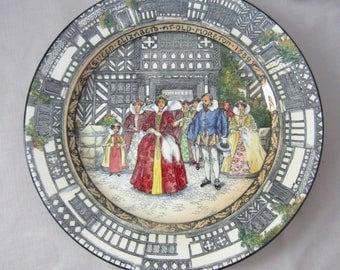 Art Nouveau Royal Doulton Queen Elizabeth at Old Moreton Hall Cabinet Plate