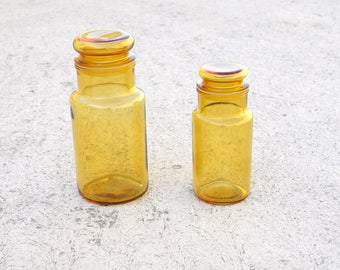 A PAIR ITALIAN APOTHECARY  Medicine bottles with lid jar amber glass  storage Medicine bottle yellow