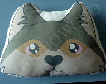 Decorative cushion / a Grey Wolf Plush