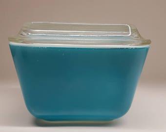 Pyrex Horizon Blue Refrigerator Dish 501